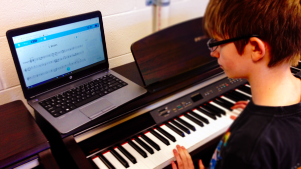 From collaboration between students to music composition